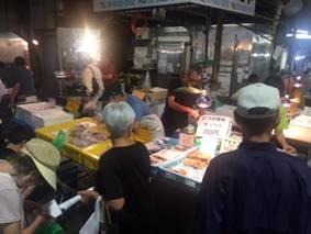7月7日土曜日市場開放フェアが開催されました。