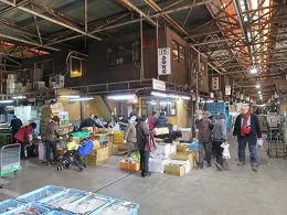 12月2日土曜日に市場開放フェアが開催されました。