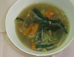 もやしとキャベツの春雨スープ